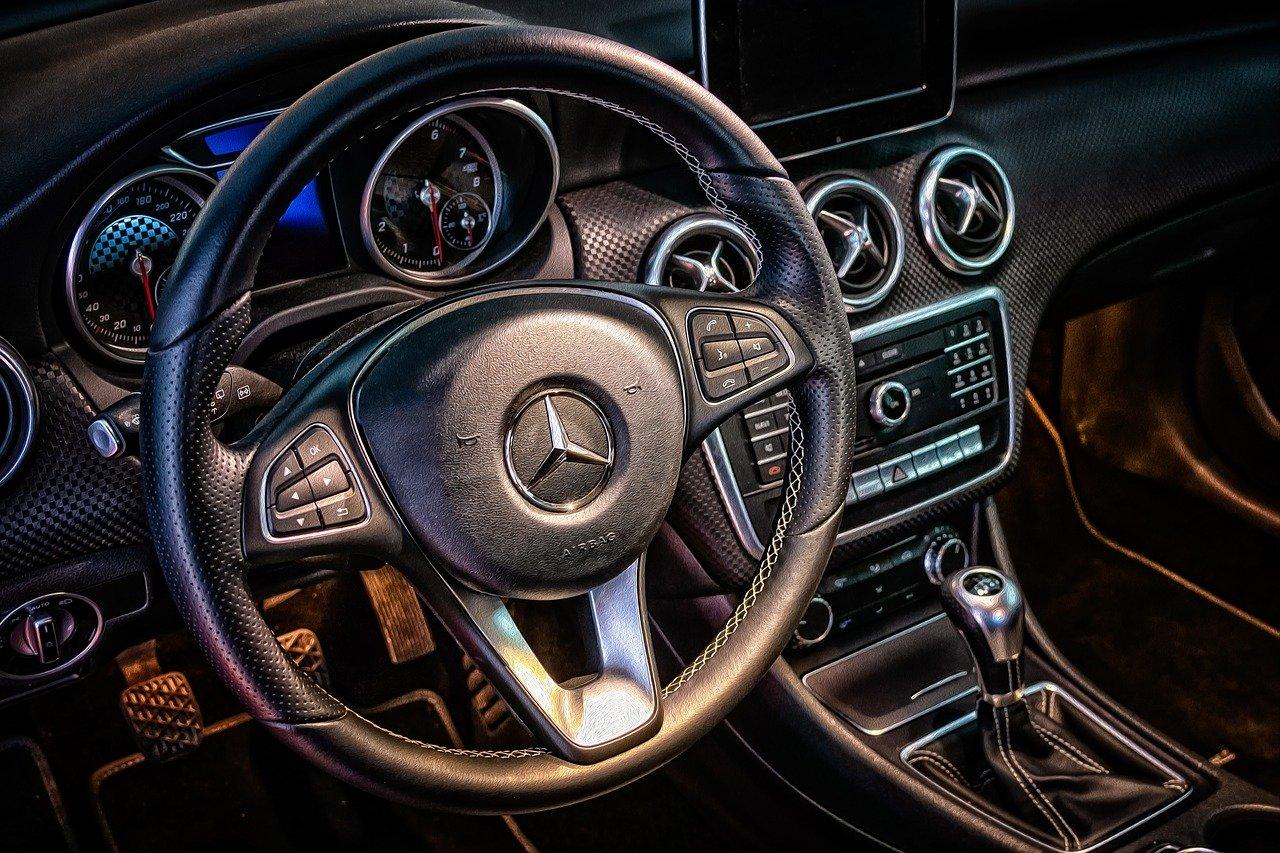 Jak wybrać sklep motoryzacyjny?